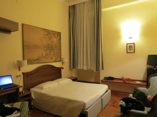 Hotel Sant Angelo: bed