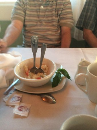 Jeffrey's: creamy the rice pudding wasn't notice the standing spoons
