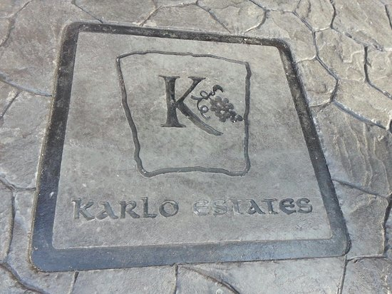 Karlo Estates Winery: Winert logo impressed in concrete.