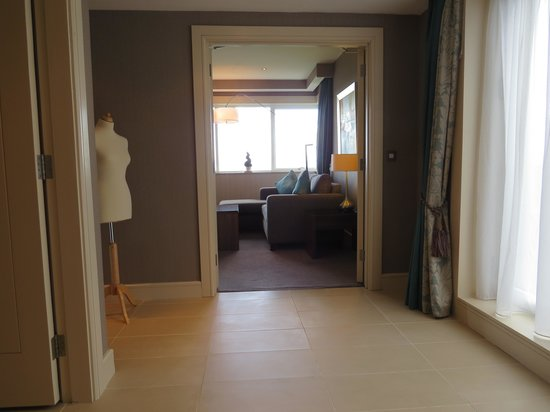 Portmarnock Hotel and Golf Links: bridal suite