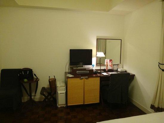 Hotel Monterey Ginza : Номер на 12 этаже