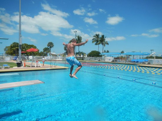 Founders Park : splash in the olympic pool!