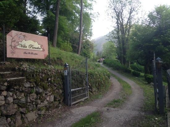 Villa Paradiso: entrance to paradise