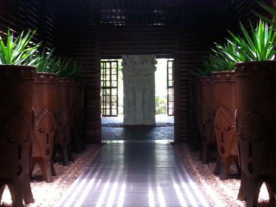 The Grand Bliss Riviera Maya: entrance to grand mayan lobby
