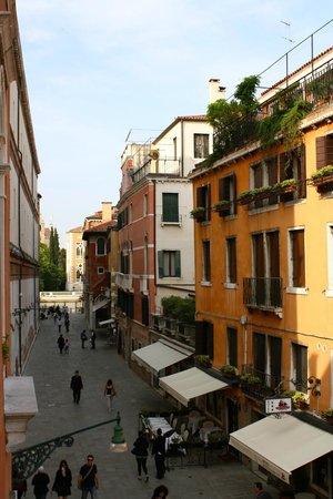 Ca' Pisani Hotel: Hotel room view
