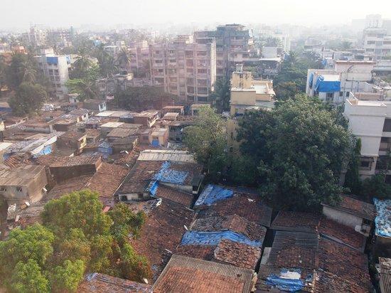 Hotel Suba International : View of Mumbai from the Bedroom