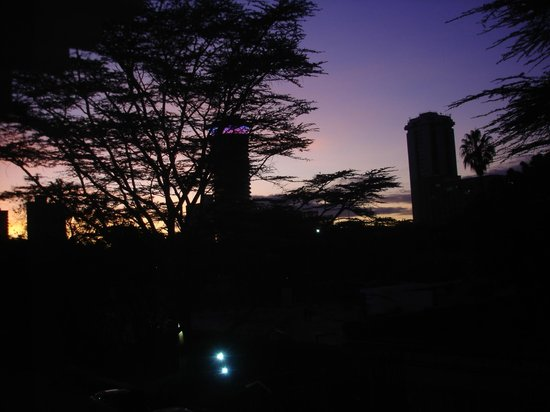 InterContinental Nairobi: Dawn view from room facing the front of the hotel