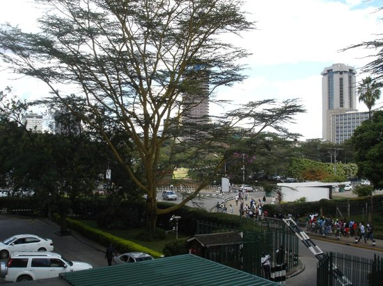 InterContinental Nairobi: Afternoon view from room facing the front of the hotel