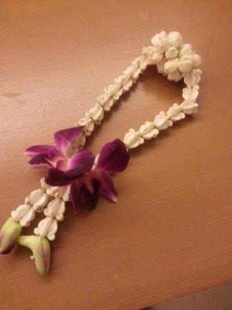 Novotel Phuket Kata Avista Resort and Spa : welcoming flower bracelet