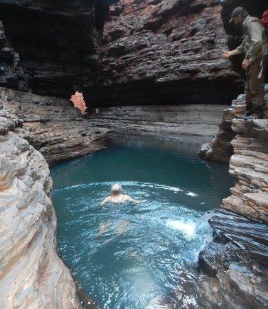 West Oz Active Adventure - Day Tours: Karingini Swimming