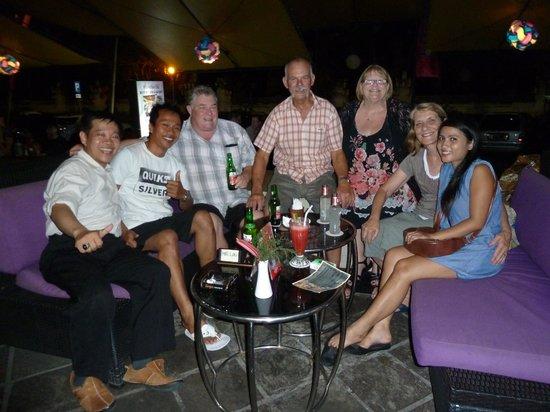 Grand Istana Rama Hotel Bali: Good Friends
