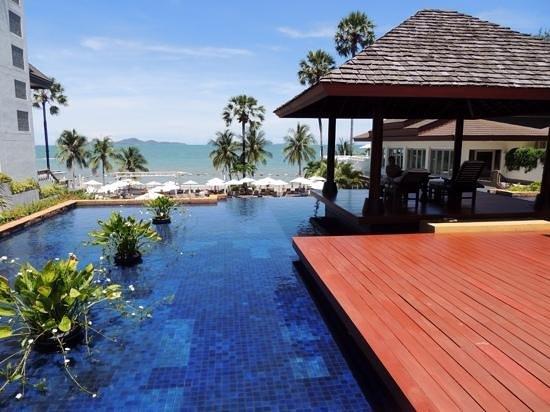 Pullman Pattaya Hotel G: Spa..