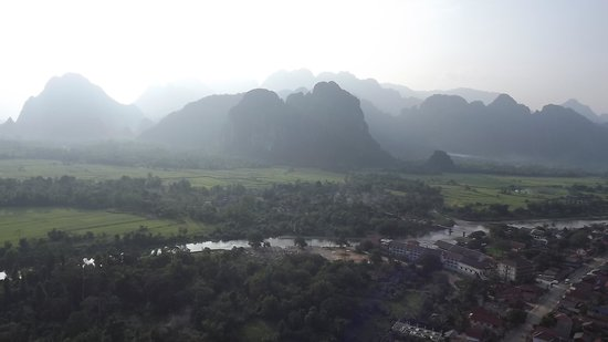 Balloons Over Vang Vieng : view of VangVieng