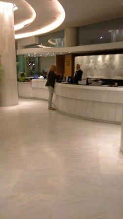 Titania Hotel: Recepcion del hotel