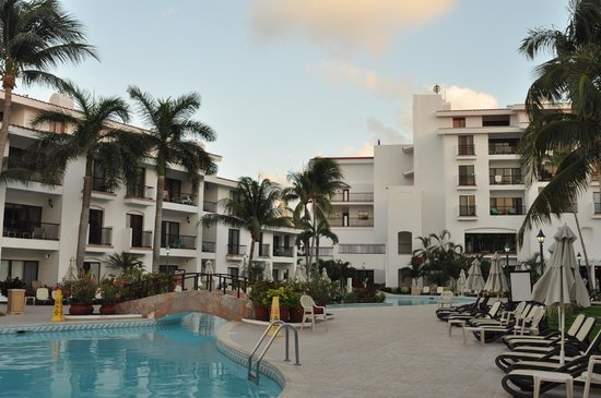 The Royal Cancun All Suites Resort: 12