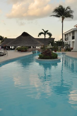 The Royal Cancun All Suites Resort: 3