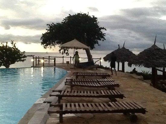 Royal Zanzibar Beach Resort: Hotel grounds