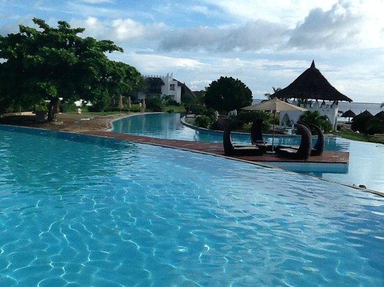Royal Zanzibar Beach Resort: The pool