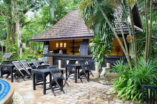 Ramayana Koh Chang Resort: Pool Bar
