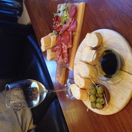 The Oak Room: Dipping Bread & Olives + Jamon, Chorizo & Salami