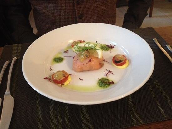 Cafe Cassis: Salmon Appetizer