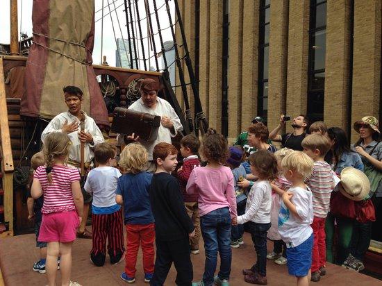 Golden Hinde: Ahoy!