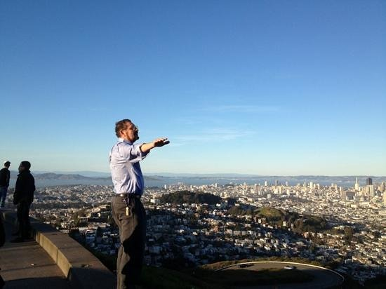 Silver Lion Service - Private Tours : Holger on top of the world