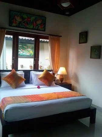 Uma Dewi Guest House : Deluxe Bedroom
