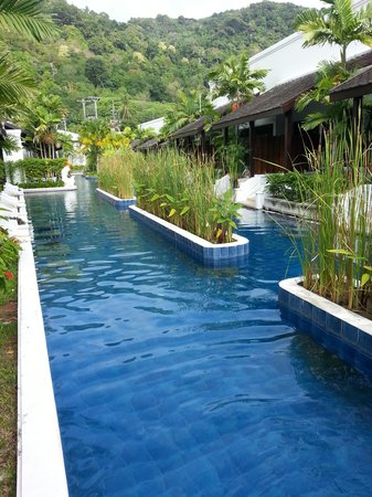 Access Resort & Villas: Pool view, each room opens onto