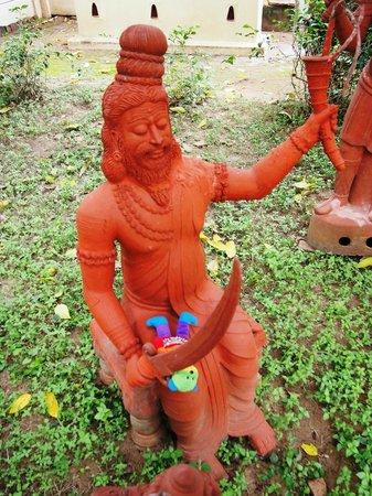 INDeco Swamimalai: Gardens