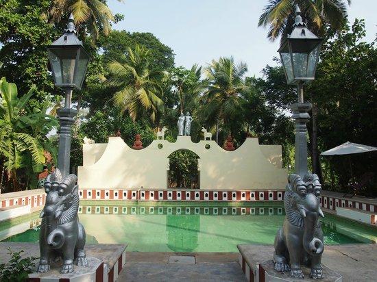INDeco Swamimalai: Pool