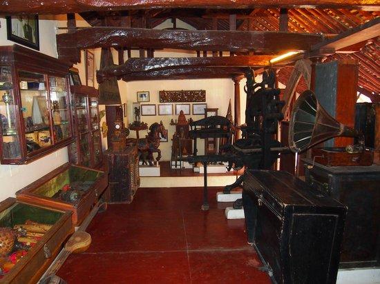 INDeco Swamimalai: Museum