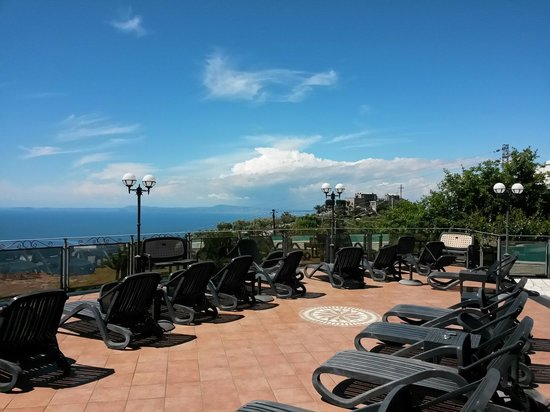 Hotel Prestige Sorrento: Solarium