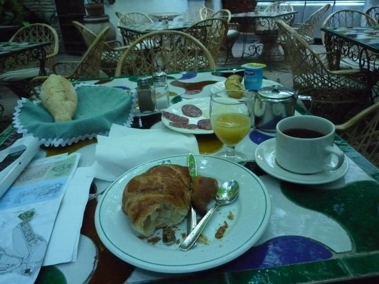 Hotel America: 朝食