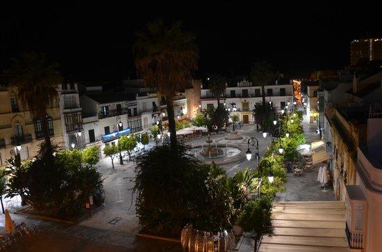 Hotel Barrameda: Вид с крыши отеля ночью