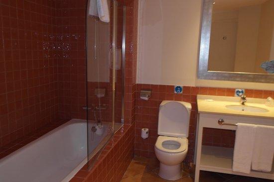PortAventura Hotel PortAventura: Ванная