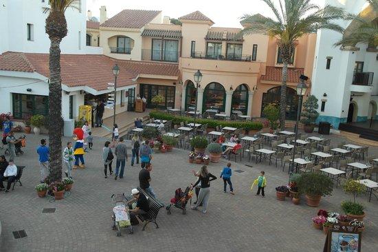 PortAventura Hotel PortAventura: Территория отеля