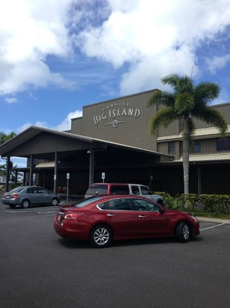 Big Island Candies: entrance to the store/factory