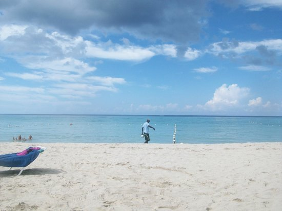 White Sands Negril: awwww the beach