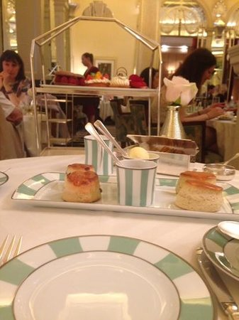 The Foyer At Claridge's: Scones with the most amazing jam!