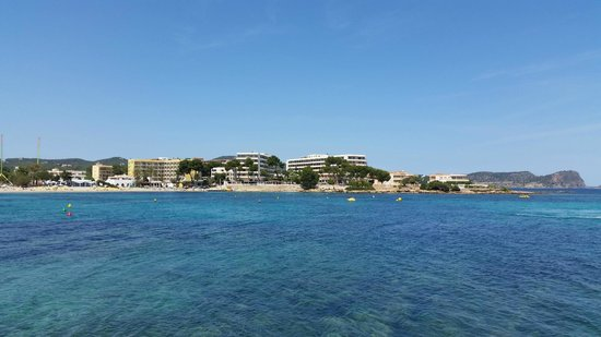 Alua Miami Ibiza : Hotel from other side of Es Canar