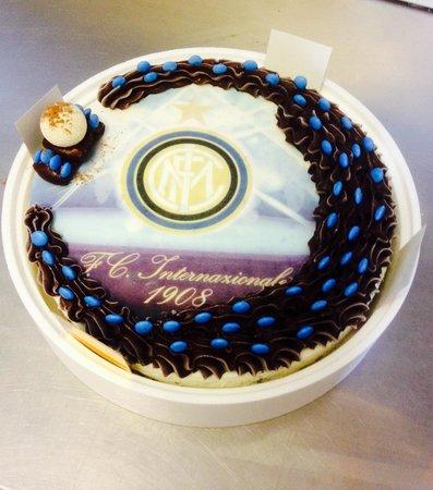 Ristorante malibu 39 by dolce latte in monza e della brianza - Colorazione pagina della torta di compleanno ...