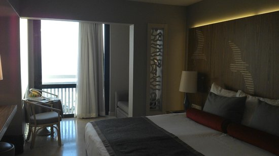 SENTIDO Perissia: our room