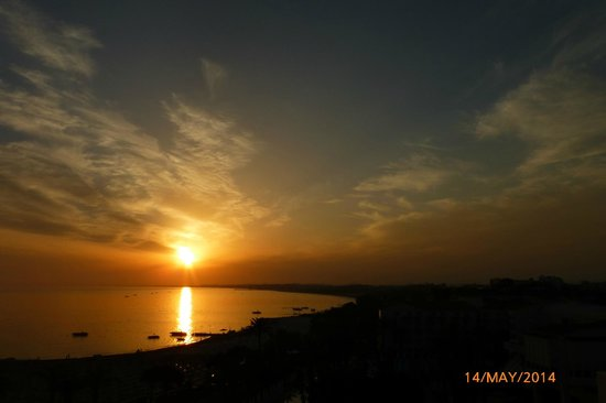 SENTIDO Perissia: Gorgeous sunsets - as seen from our room