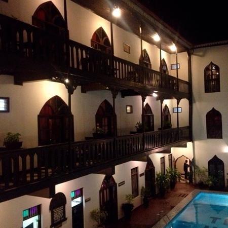Tembo House  Hotel & Apartments: tembo