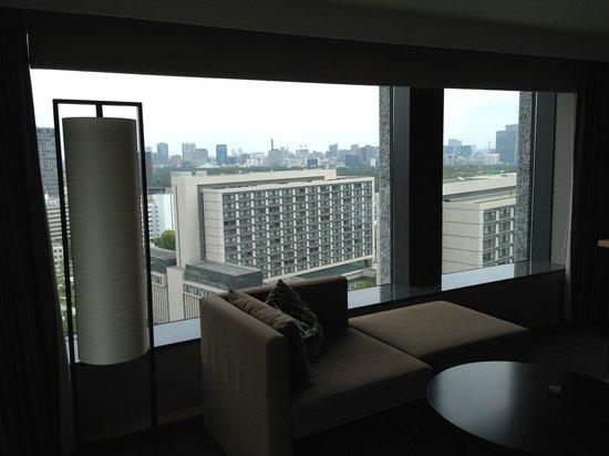 The Capitol Hotel Tokyu : 部屋からの外の眺望2