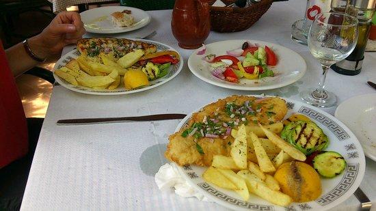 Paradisos Hotel : Excellent food