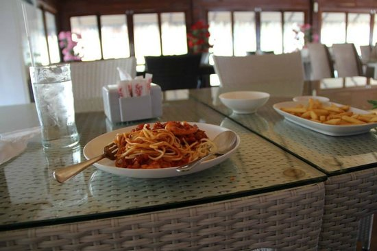 Lake Heaven Resort and Park : lunch