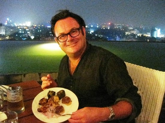 The Residency Towers: Dinner at The Rooftop Crown Restaurant