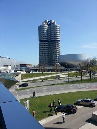 BMW-Museum: штаб-квартира bmw